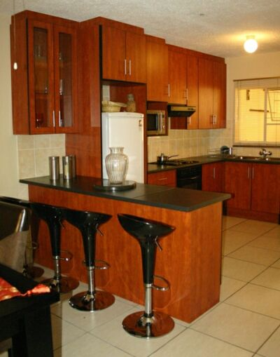 Kitchens – Quick Fit Cupboards and Granite